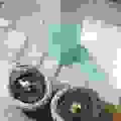 SARNA ARCHITECTS Interior Design Studio Modern corridor, hallway & stairs