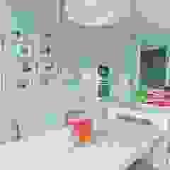SARNA ARCHITECTS Interior Design Studio Modern kitchen