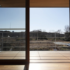 Balcones y terrazas modernos de 近建築設計室 KON Architect Office Moderno