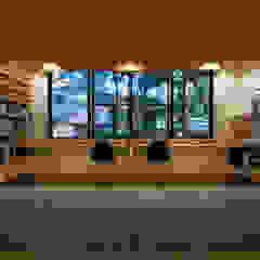 大屋根の家 モダンデザインの 書斎 の 株式会社 アポロ計画 リノベエステイト事業部 モダン