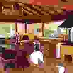 Casa de Campo em Araras Garagens e edículas rústicas por Cadore Arquitetura Rústico