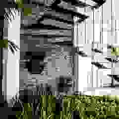 راهرو مدرن، راهرو و راه پله توسط ARKOT arquitectura + construcción مدرن