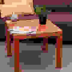 Les Bétons de Clara Tropical style living room