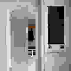 The Arcadian Kitchen Cucina moderna di Mowlem&Co Moderno
