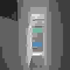 Vista de Escaleras de JF ARQUITECTOS Minimalista
