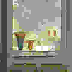 Residência LM Corredores, halls e escadas modernos por Gláucia Britto Moderno