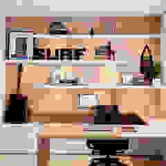 Modern study/office by Helô Marques Associados Modern
