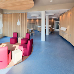 tillschweizer.co Modern corridor, hallway & stairs
