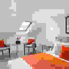 Loft : Bedroom 4 Dormitorios de estilo minimalista de In:Style Direct Minimalista