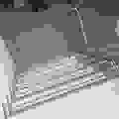 Modern Corridor, Hallway and Staircase by Snep Exclusieve Metalen BV Modern