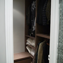 Modern Dressing Room by Agence Laurent Cayron Modern