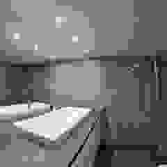 Baños de estilo moderno de WE LOFT DESIGN Moderno