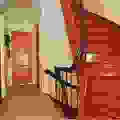 Renovatie herenhuis te Den Haag Klassieke gangen, hallen & trappenhuizen van Studiohecht Klassiek