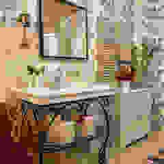 Country style bathroom by Tatiana Ivanova Design Country
