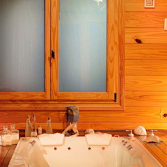 Kamar Mandi Gaya Country Oleh Patagonia Log Homes - Arquitectos - Neuquén Country Kayu Wood effect