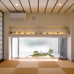 沖縄県うるま市の家 モダンデザインの リビング の 建築工房 亥 モダン