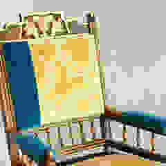 Versaille_chair UU0045 por Urban Upholstery Clássico