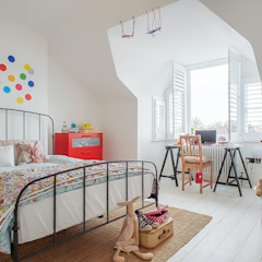 Full House Renovation with Crittall Extension, London Kamar Bayi/Anak Gaya Eklektik Oleh HollandGreen Eklektik