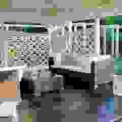 Letnie patio - Jaworze Rustykalny balkon, taras i weranda od Studio Mirago Rustykalny