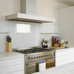 Kitchen Cuisine moderne par Space Alchemy Ltd Moderne