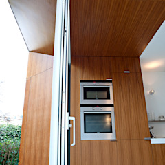 Dapur Modern Oleh Lab-S Modern