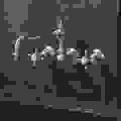 3 holes wall mounted kitchen mixer Klassische Küchen von HORUS Klassisch