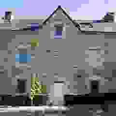 Dom na południu Francji Śródziemnomorskie domy od ZIZI STUDIO Magdalena Latos Śródziemnomorski