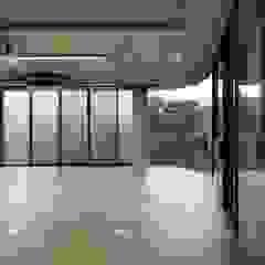 어둠속의 대화, 북촌 by WISE Architecture 한옥