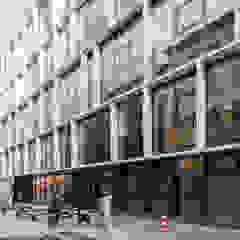 BSE - Vocational School Embelgasse by AllesWirdGut Architektur ZT GmbH Modern