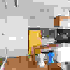 Apartamento LD Cozinhas ecléticas por Duda Senna Arquitetura e Decoração Eclético