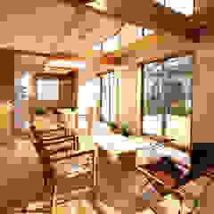 南側全て吹抜の家 モダンデザインの リビング の 遠藤浩建築設計事務所 H,ENDOH ARCHTECT & ASSOCIATES モダン
