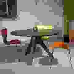 Veizla table von Pemara Design Skandinavisch