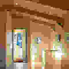 Jago House Pasillos, vestíbulos y escaleras de estilo moderno de The Manser Practice Architects + Designers Moderno