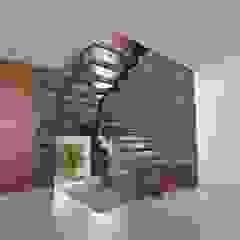 Vivienda Unifamiliar en Plottier, Neuquen, Patagonia Pasillos, vestíbulos y escaleras modernos de Chazarreta-Tohus-Almendra Moderno