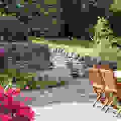 Retaining walls and steps من Barnes Walker Ltd ريفي