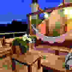 Apartamento Bairro Ipanema Varandas, alpendres e terraços rústicos por Stúdio Márcio Verza Rústico