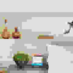 Thaisa Camargo Arquitetura e Interiores Modern style bedroom