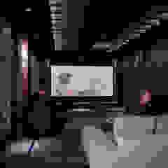 Classic style media room by Shtantke Interior Design Classic