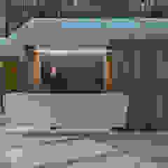 Salas multimedia de estilo clásico de Lugerin Architects Clásico Madera Acabado en madera