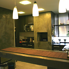 Кухня в стиле модерн от Moradaverde Arquitetura Ltda. Модерн