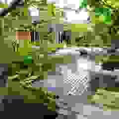 Vườn phong cách chiết trung bởi 木村博明 株式会社木村グリーンガーデナー Chiết trung