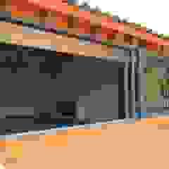 Puertas y ventanas clásicas de Productos Cristalum Clásico Aluminio/Cinc