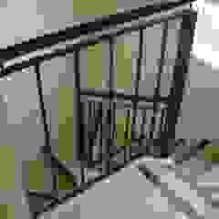 Corredores, halls e escadas clássicos por Grupo PZ Clássico