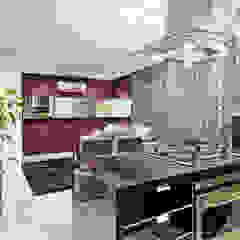 Modern style kitchen by Luciana Hara Arquitetura Modern