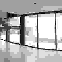 Casa LL Paredes y pisos minimalistas de jose m zamora ARQ Minimalista