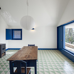 Caseiros House Country style corridor, hallway& stairs by SAMF Arquitectos Country