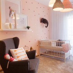 Baby Room Quartos de criança modernos por MYAH - Make Yourself At Home Moderno