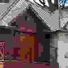 Rustikaler Balkon, Veranda & Terrasse von Susana De Angeli Rustikal Holz Holznachbildung