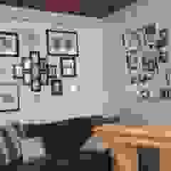 Soggiorno moderno di Paola Hernandez Studio Comfort Design Moderno