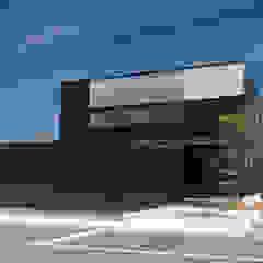 株式会社ブレッツァ・アーキテクツ Casas de estilo asiático